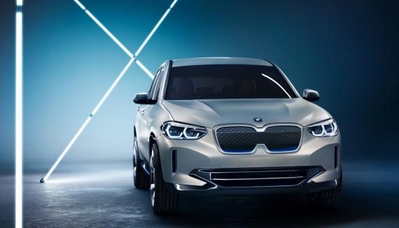 BMW выпустит электрическую версию кроссовера X32