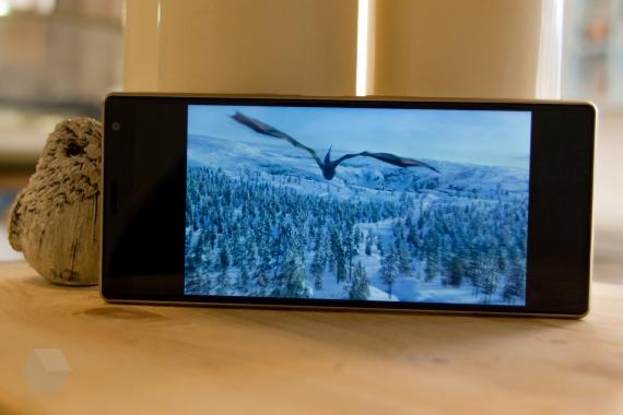 Обзор Sony Xperia 10 и 10 Plus. Идея нравится, но реализация хромает14