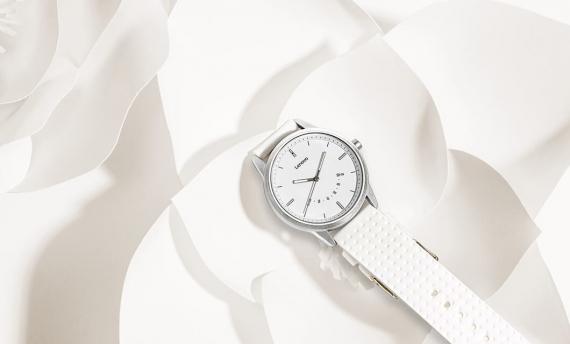 Watch 9 — гибридные умные часы от Lenovo1