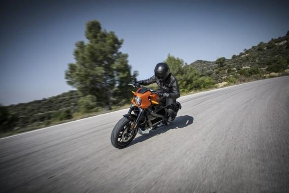 Harley-Davidson представила электрический мотоцикл LiveWire0
