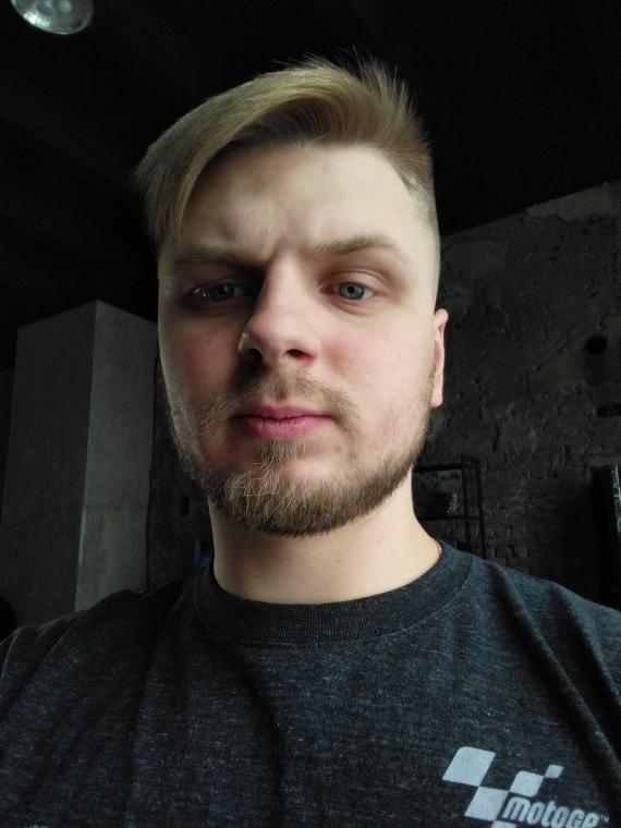 «Яндекс.Телефон» — смартфон, в котором поселилась «Алиса». Первый взгляд32
