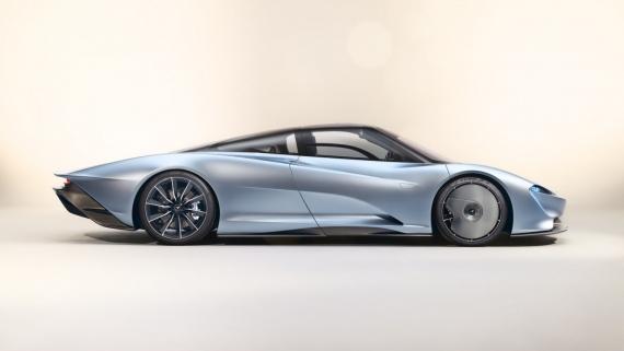 Гибридный гиперкар McLaren Speedtail разгоняется до 403 км/ч3
