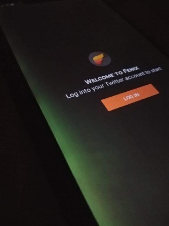 У Huawei Mate 20 Pro обнаружены проблемы с дисплеем2
