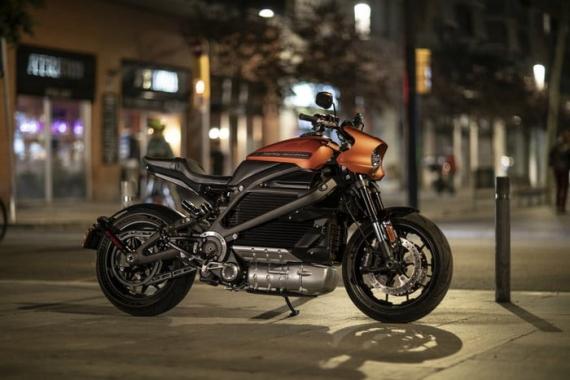 Harley-Davidson представила электрический мотоцикл LiveWire13