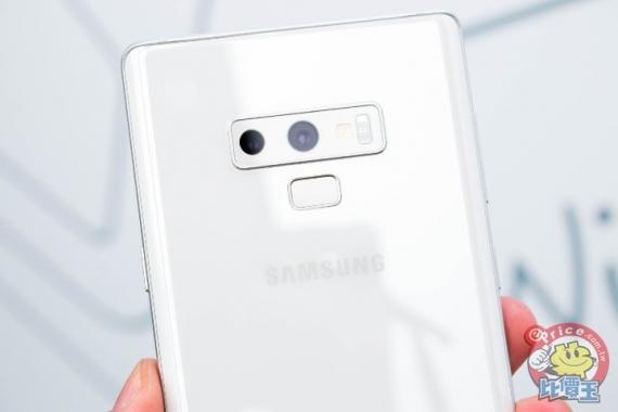 Фотографии Samsung Galaxy Note 9 в белом4
