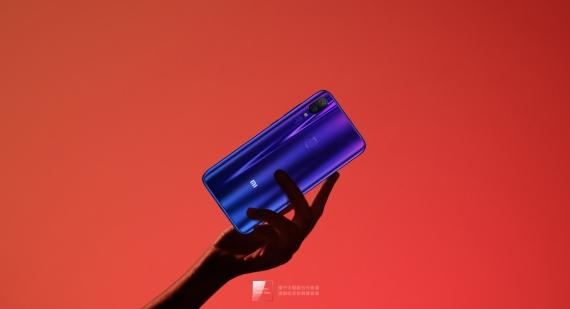 Xiaomi Mi Play: MediaTek Helio P35 и дисплей 5,84 дюйма за 160 долларов10