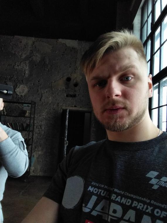 «Яндекс.Телефон» — смартфон, в котором поселилась «Алиса». Первый взгляд31