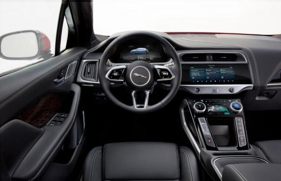 Электрический кроссовер Jaguar I-Pace появится в России4
