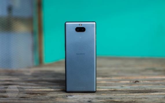 Обзор Sony Xperia 10 и 10 Plus. Идея нравится, но реализация хромает71