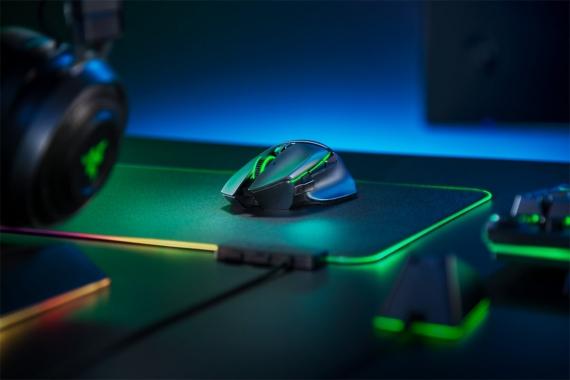 Razer представила новые игровые мыши Basilisk с технологией HyperSpeed0