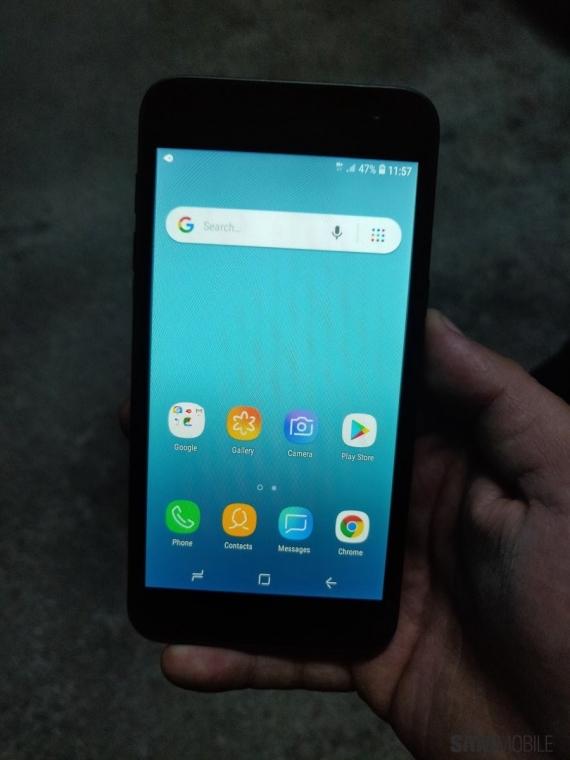 Смартфон Samsung на Android Go не получит «чистый» Android1