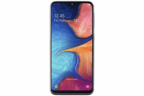 Samsung Galaxy A20e: компактнее и проще1