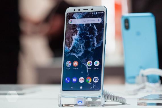 Xiaomi Mi A2 и Mi A1: что изменилось?35