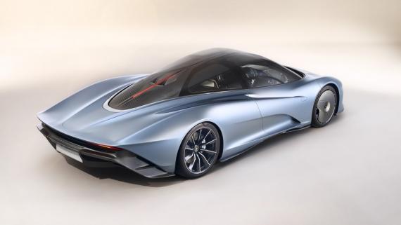 Гибридный гиперкар McLaren Speedtail разгоняется до 403 км/ч4