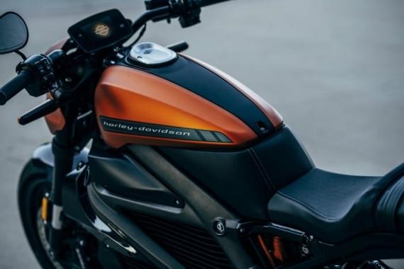 Harley-Davidson представила электрический мотоцикл LiveWire8
