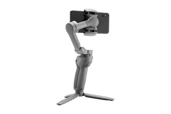 DJI представила складной стабилизатор Osmo Mobile30