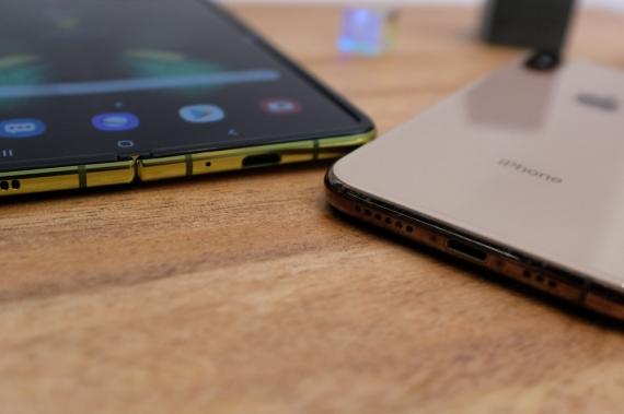 Что говорят журналисты о складном смартфоне Samsung Galaxy Fold29