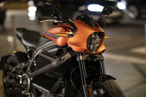 Harley-Davidson представила электрический мотоцикл LiveWire15