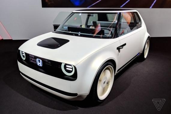 Электромобиль Honda Urban EV показали вживую4