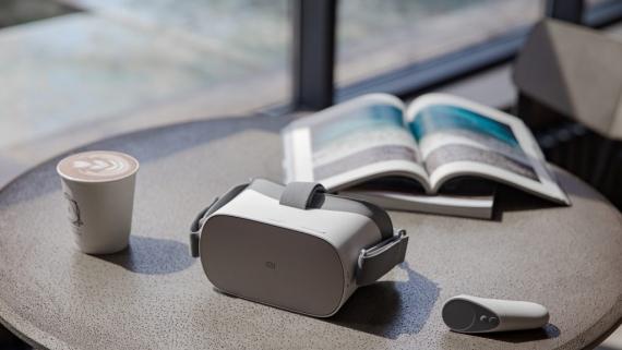 Xiaomi презентовала 75-дюймовый Mi TV 4 и шлем Mi VR Standalone5