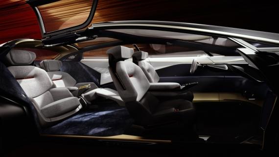 Aston Martin представила роскошный электрический седан6