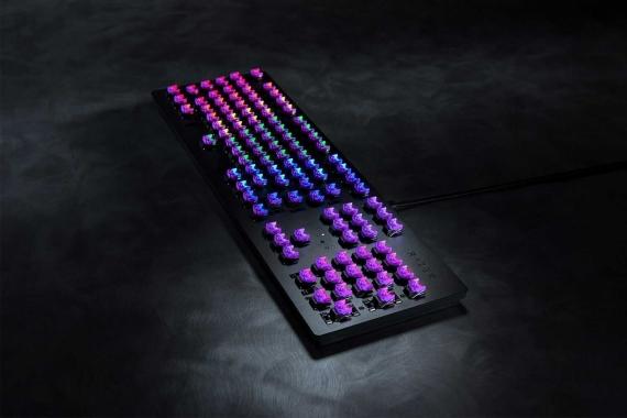 Razer выпустила клавиатуры с оптическими клавишами2