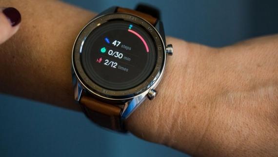 Huawei Watch GT проработают две недели от одного заряда1