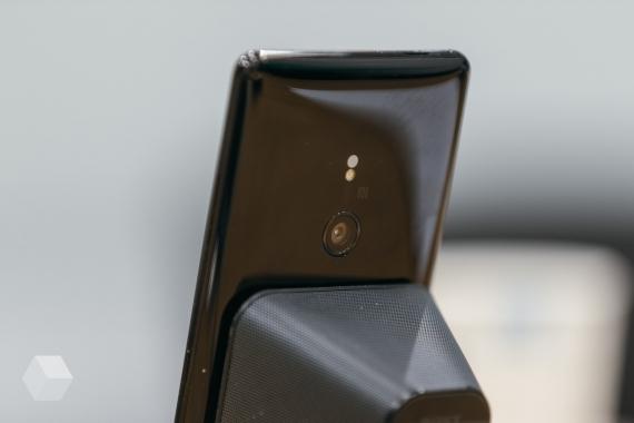 Первое впечатление от Sony Xperia XZ32