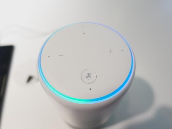 Умная колонка от Huawei с помощником Alexa2