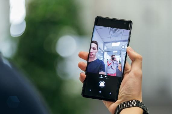 Первое впечатление от Sony Xperia XZ316