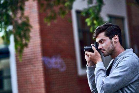 Sony открыла предзаказ на камеру Cyber-shot RX100 VI1
