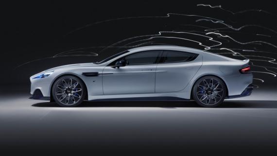 Aston Martin представила свой первый электромобиль0