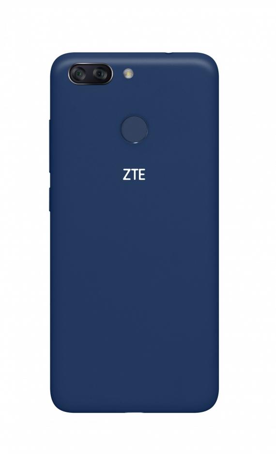 ZTE Blade V9 Vita доступен для предзаказа в России1