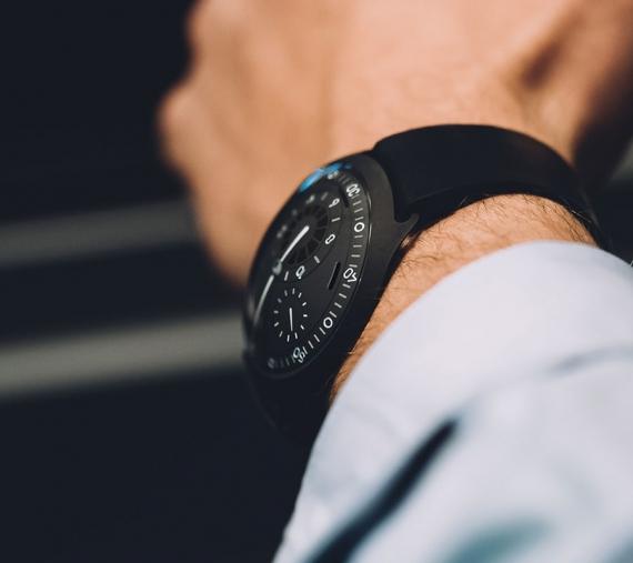 Часы Ressence Type 2 с солнечной батареей оценены в 48 тысяч долларов1