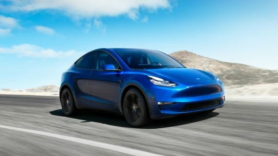 Rozetked Weekly: спортивный кроссовер от Tesla и симулятор русской тоски8