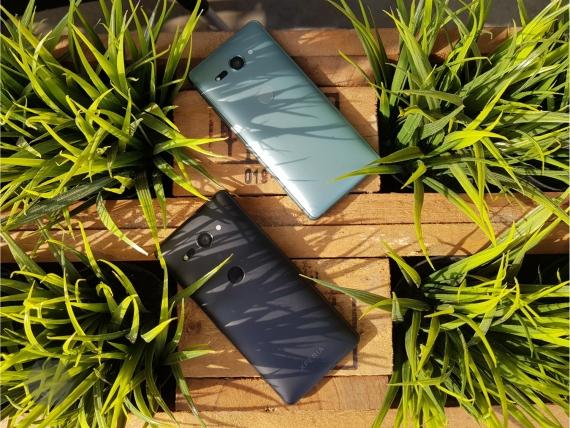 Sony представила Xperia XZ2 и XZ2 Compact4