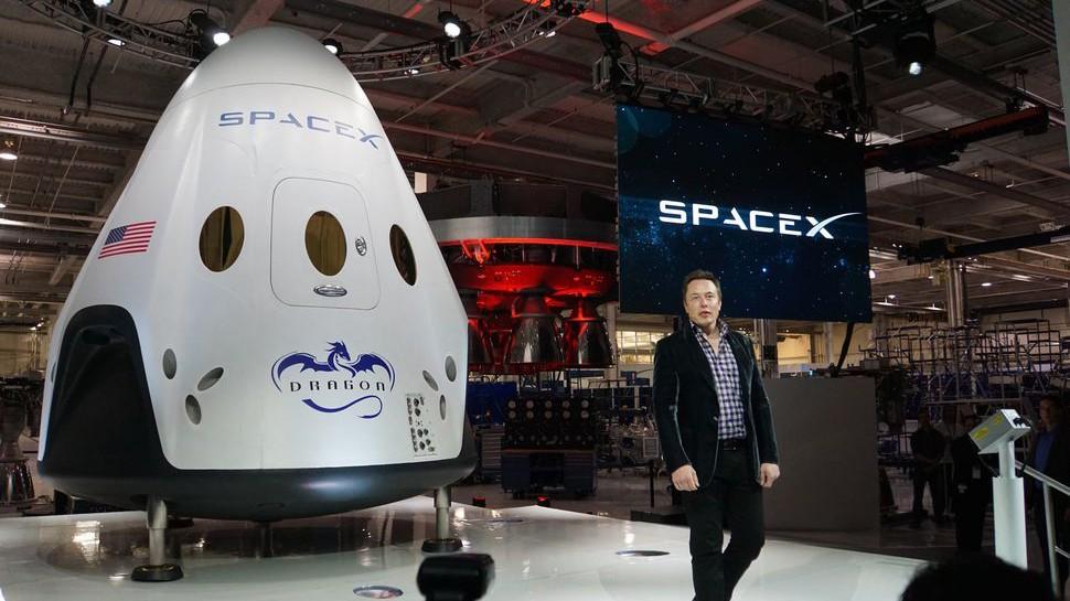NASA планирует задействовать SpaceX для доставки астронавтов на МКС