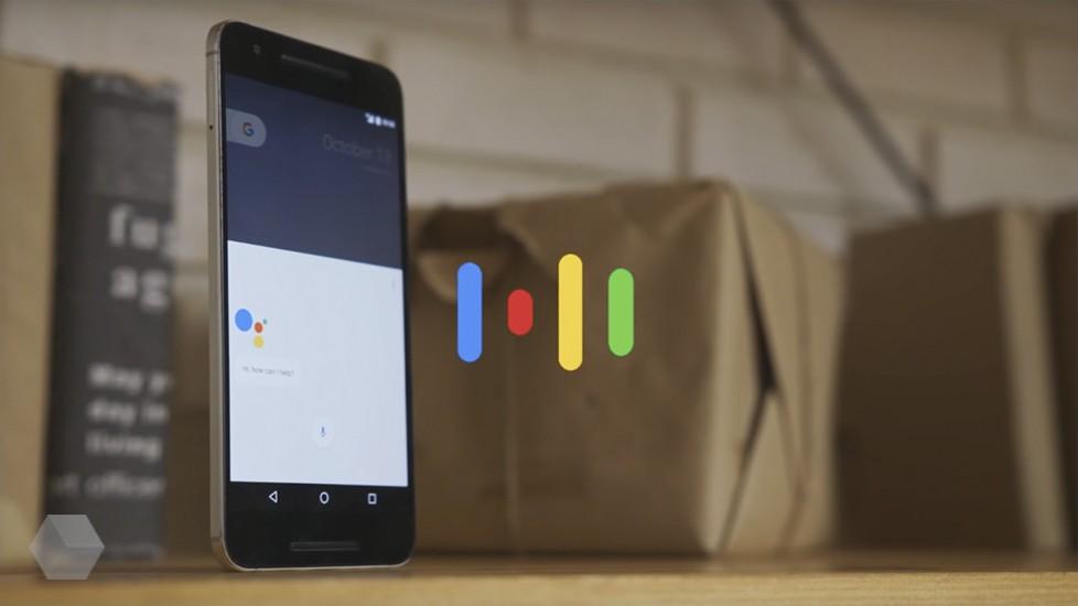 Голосовой помощник Google выучил русский язык