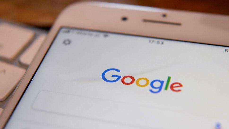 Google убрала из поиска вкладку с фанфиками из-за «нежелательного контента»