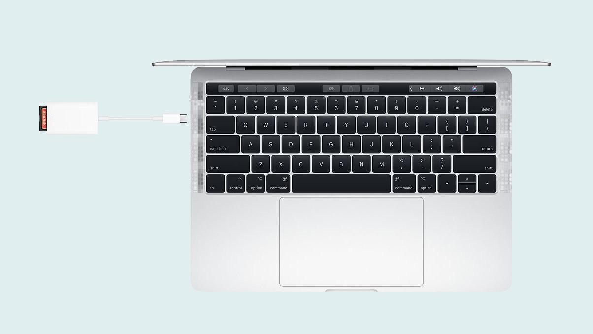 Apple выпустила кардридер для USB-С