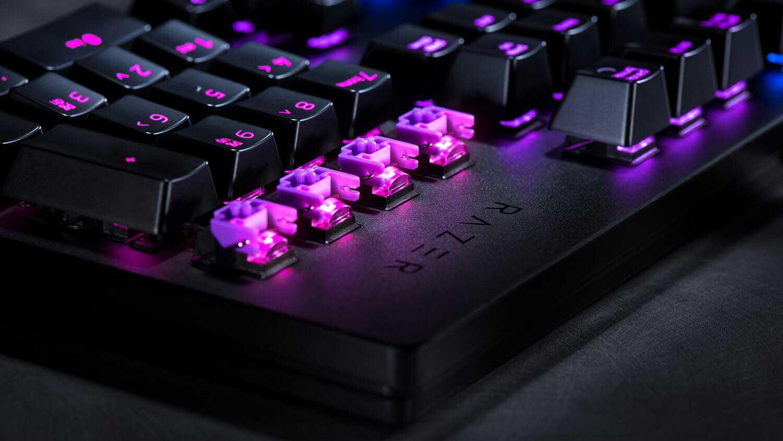 Razer выпустила клавиатуры с оптическими клавишами