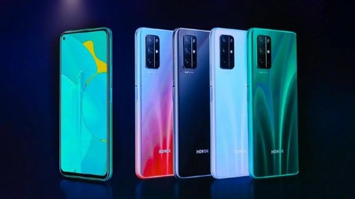 Honor 30S поступает в продажу в России