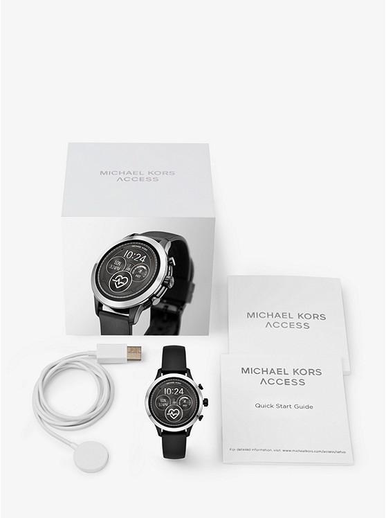 Michael Kors Access Runway: смарт-часы для спорта от модного дизайнера3