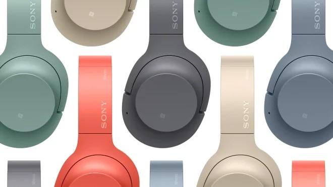 Sony заставит работать старые наушники с Google Ассистентом