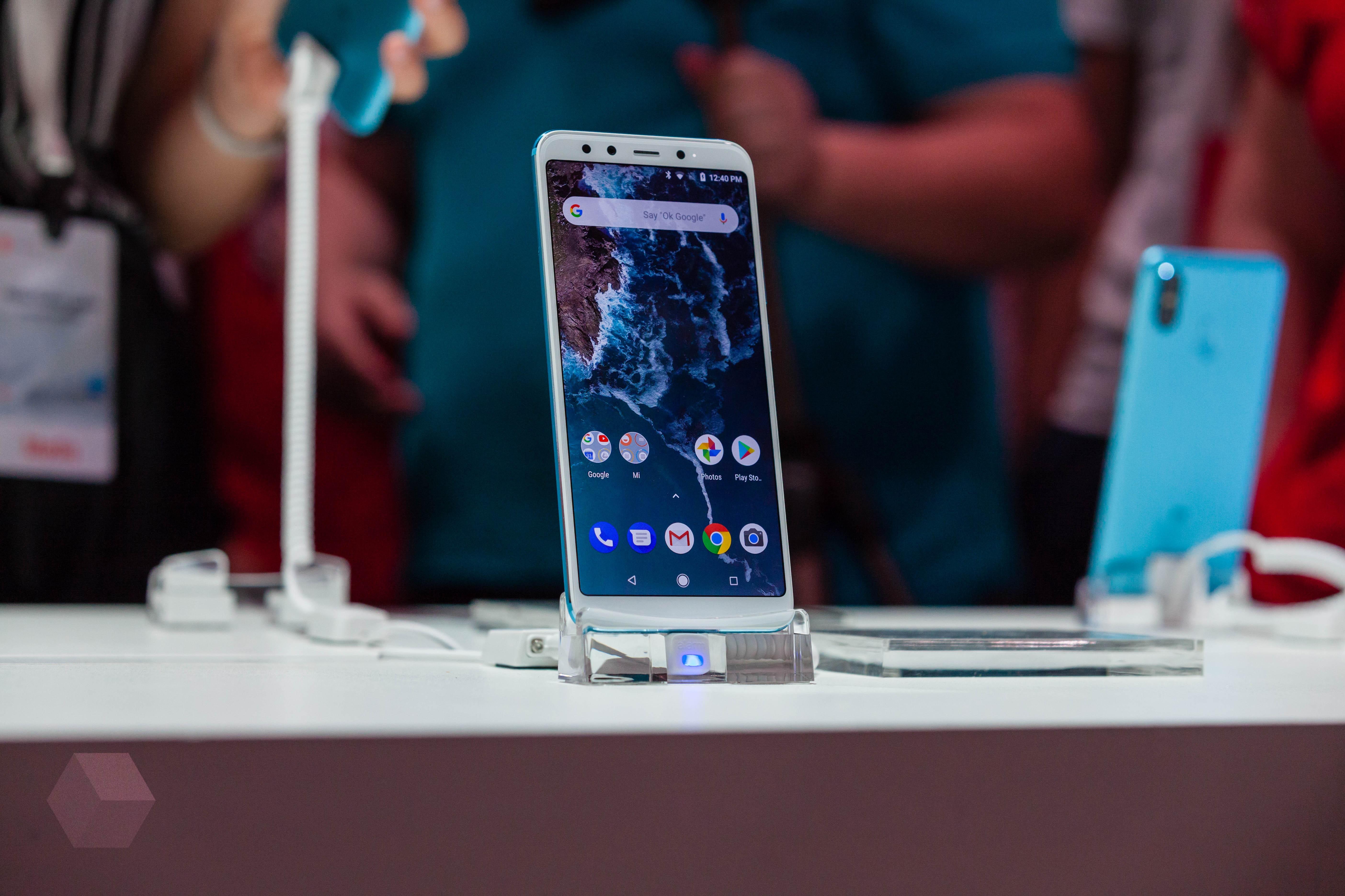 Xiaomi Mi A2 и Mi A1: что изменилось?