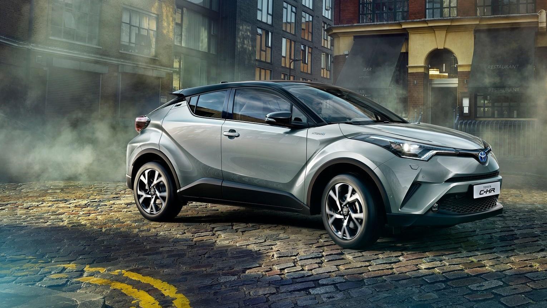 Toyota отзывает более миллиона гибридных автомобилей
