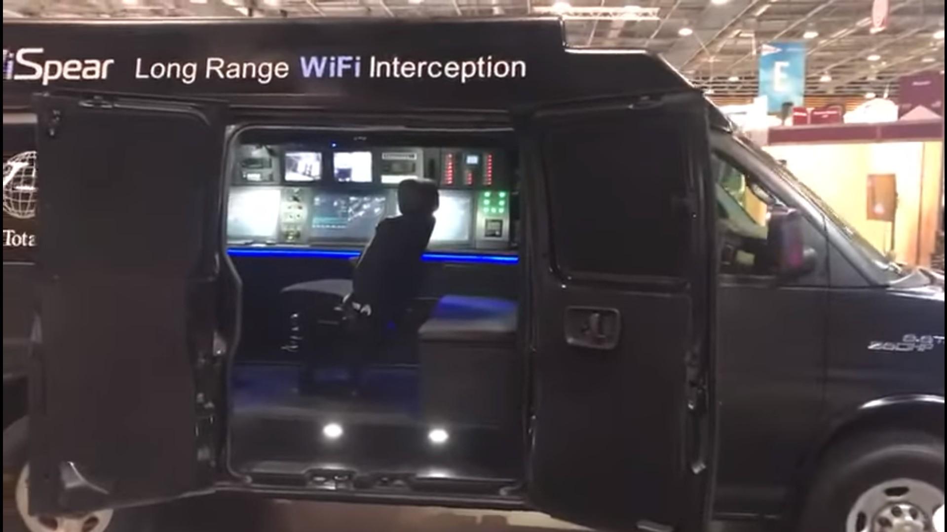 Фургон SpearHead 360 взломает любой смартфон в радиусе 500 метров