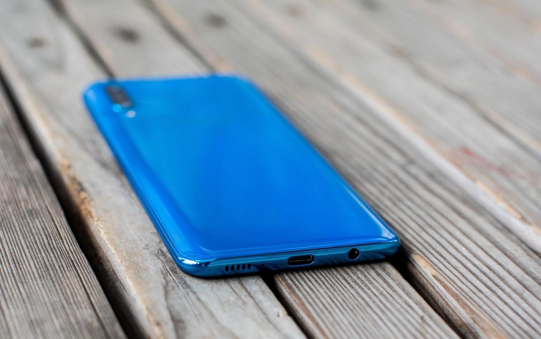 Обзор Samsung Galaxy A30 и A50 — вся власть экрану3