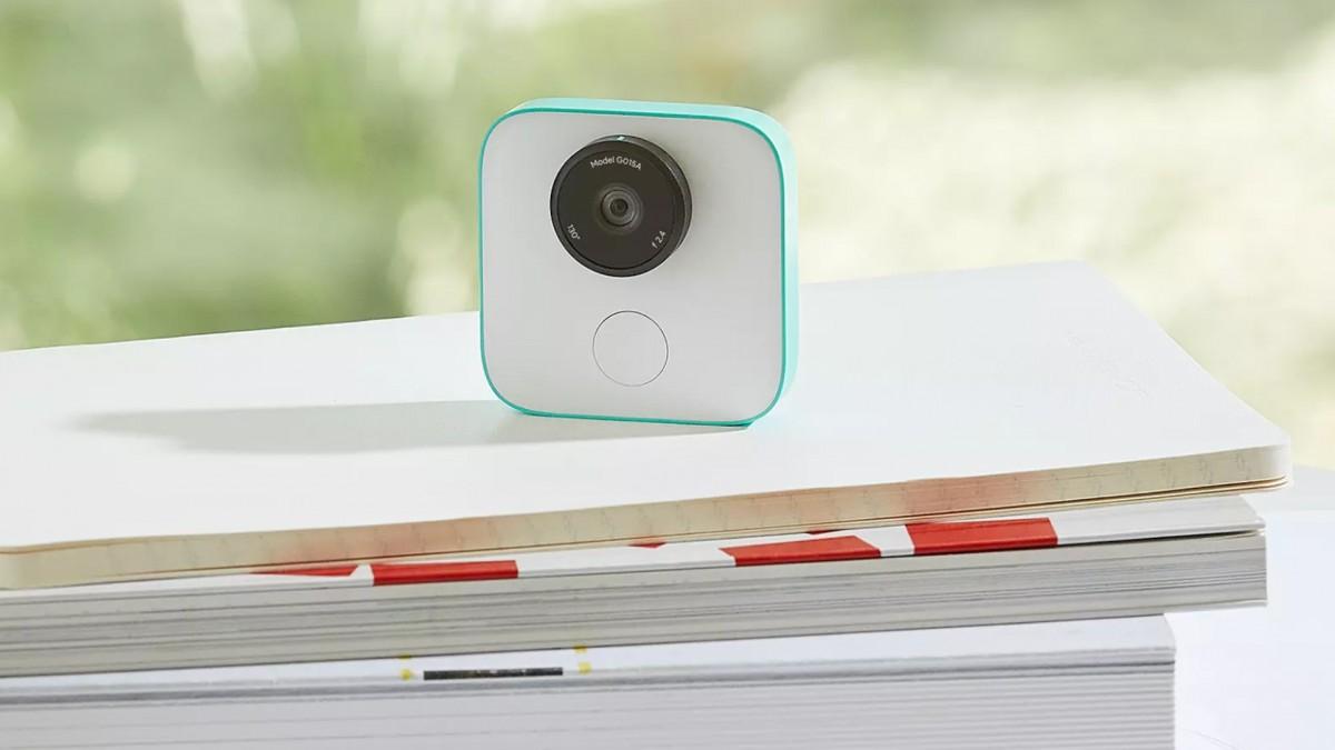Камера Google Clips поступила в продажу
