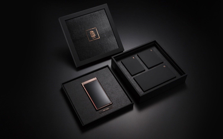 Samsung W2019: «раскладушка» с двумя дисплеями и Snapdragon 8456